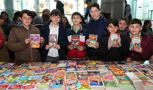 Eyüp'te Çocuk Kitap Fuarı açıldı