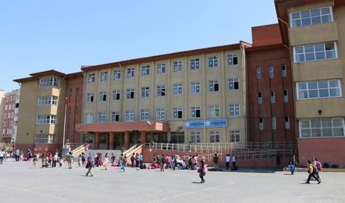 Eyüp'te okullar tertemiz