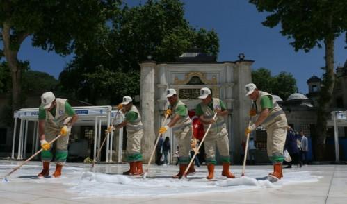 Ramazan'da Eyüp Sultan Meydanı mis gibi kokacak!