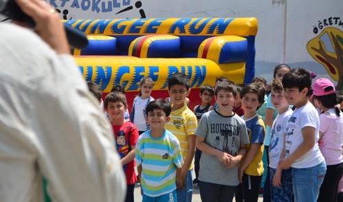 Eyüplü çocuklar, ''Çocuk Şenliği''nde gönüllerince eğlendi!