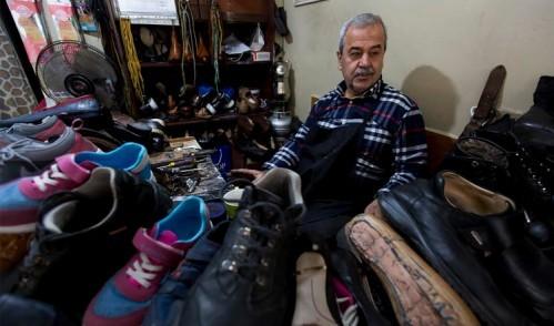 ''Yalınayak modası çıkmadığı sürece ayakkabıcılık ölmez''
