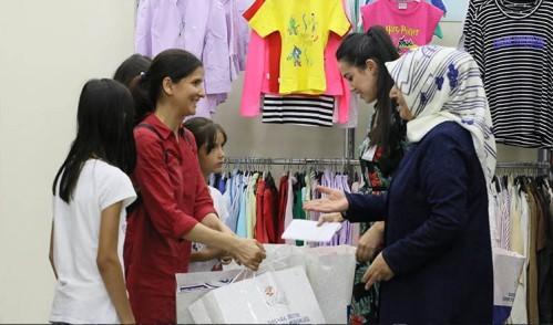 Tülay Aydın'dan çocuklara bayram hediyesi