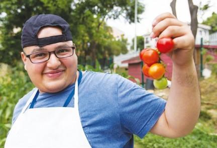 Eser ve Şeker Hayat'ın Çiftçi Çocukları