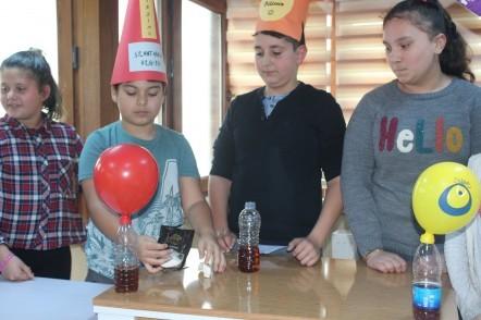 Simurg'da nefessiz balon şişirme deneyi