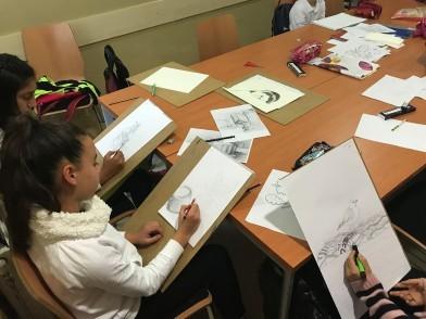 Geleceğin ressamları Simurg'da yetişiyor