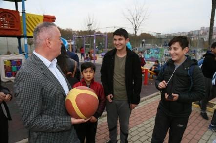 Başkan Remzi Aydın'dan spor kompleksine ziyaret