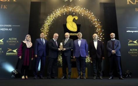 Şehir ve Medeniyet Okuluna 'Altın Karınca Ödülü'