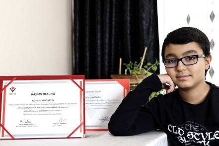 Eyüpsultan'ın genç dahisi Utku Firidin: TÜBİTAK'ın yarışmasında birincilik ödülü kazandı