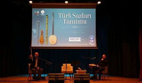 Eyüpsultanlı gençler Türk musikisini sazın ustalarından dinledi