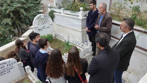 Tiyatro sanatçısı, şair ve yazar Hasan Nail Canat, Eyüpsultan Belediyesi, Eyüpsultan Belediye Başkanı Remzi Aydın