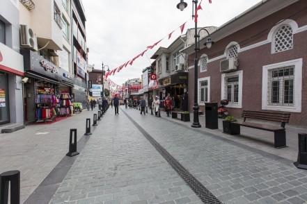 ESTAM, Eyüpsultan Tarihi Merkez, Fahri Korutürk Caddesi, Eyüpsultan Belediye Başkanı Remzi Aydın