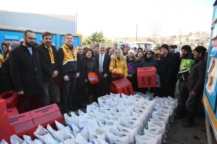 Eyüpsultan Belediye Başkanı Remzi Aydın, Sokak Hayvanları Eyüpsultan'da Yalnız Değil, kedi evi
