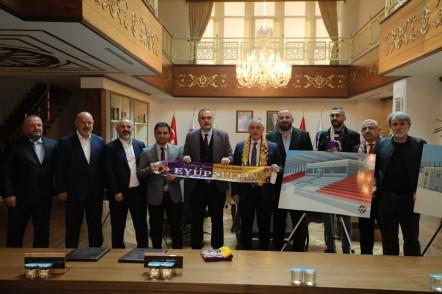 Eyüp Stadı, UEFA, AK Parti Eyüpsultan İlçe Başkanı Adem Koçyiğit, Eyüpsultan Belediye Başkanı Remzi Aydın