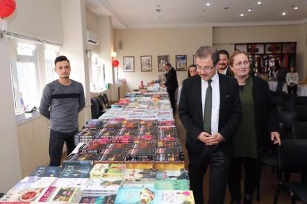 Eyüpsultan Belediye Başkanı Deniz Köken, Birinci Haydar Akçelik Kitap Fuarı