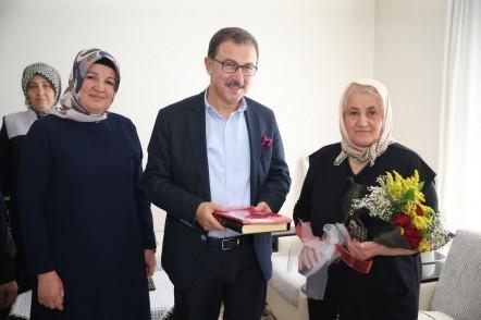 Eyüpsultan Belediye Başkanı Deniz Köken, Ramazan, şehit aile, ziyaret, anneler günü