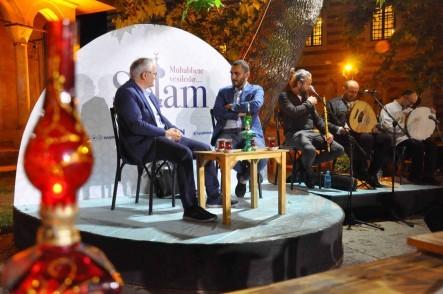 Eyüpsultan Belediyesi, Zal Mahmut Paşa Külliyesi Avlusu, Ali Şükrü Çoruk