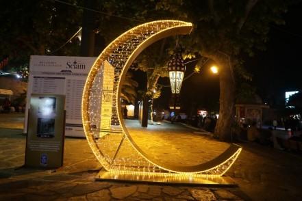 Ramazan, Eyüpsultan, Eyüpsultan Meydanı, hilal motifi, hatıra fotoğrafı