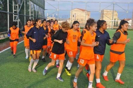 Kemer FK, kadın futbol takımı, futbol,
