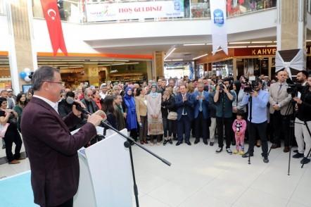 Eyüpsultan Belediyesi Sosyal Destek Hizmetleri Müdürlüğü, Sosyal Market, Eyüpsultan Belediye Başkanı Deniz Köken