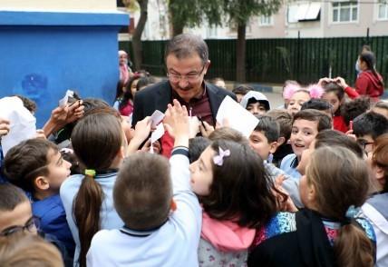 Eyüpsultan Belediye Başkanı Deniz Köken, okul, ziyaret