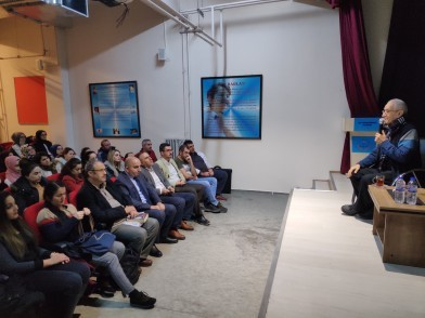 Psikolog Prof. Dr. Doğan Cüceloğlu, Eyüpsultan Belediyesi Gençlik ve Spor Müdürlüğü Kılavuz Akademi