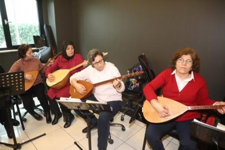 Eyüpsultan Belediyesi, Göktürk Kültür ve Sanat Merkezi, Türk Halk Müziği kursları
