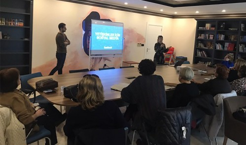 Göktürk'te Yetişkinlere Sosyal Medya Eğitimi