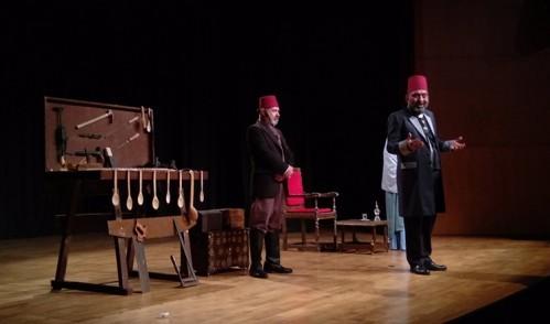 """Eyüpsultan'da Sultan Abdülhamid'in hayatını anlatan """"Usta"""" oyunu sahnelendi"""