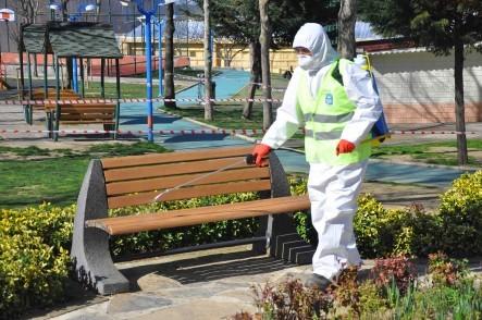 Eyüpsultan'da Corona Virüsü Riskine Karşı Parklar Dezenfekte Ediliyor