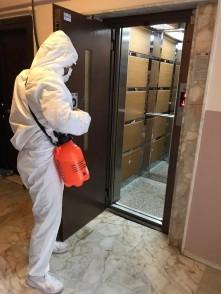 Eyüpsultan'da Panik Yok, Önlem Var! Asansörler de Dezenfekte Ediliyor