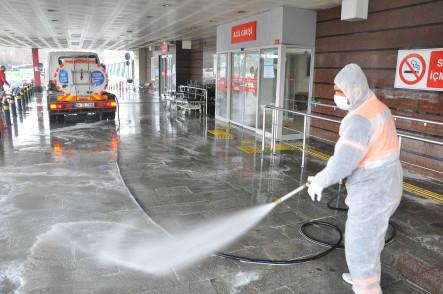 Eyüpsultan Devlet Hastanesi Temizliği İçin Özel Ekip Görevlendirildi