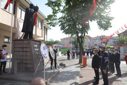 Eyüpsultan'da Sosyal Mesafe Kuralına Uygun 19 Mayıs Kutlaması