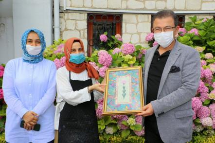 Başkan Deniz Köken Sertarikzade Kültür ve Sanat Merkezi'ni ziyaret etti