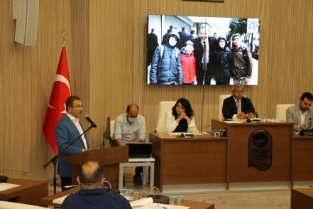 Başkan Deniz Köken, Mecliste Bir Yıllık İcraatını Anlattı