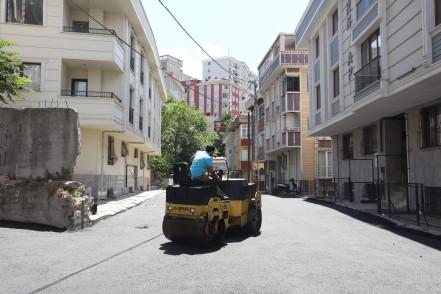 Eyüpsultan Belediyesi'nin Asfaltlama Çalışmaları Sürüyor