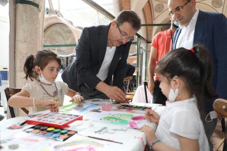 Tarihi Külliyede Çocuklarla Renkli Sanat Günleri
