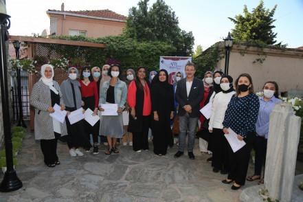 Afife Hatun Kültür Evi Kursiyerlerine Sertifika Töreni
