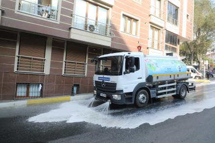 Eyüp Merkez Mahallesi temizlenip dezenfekte edildi