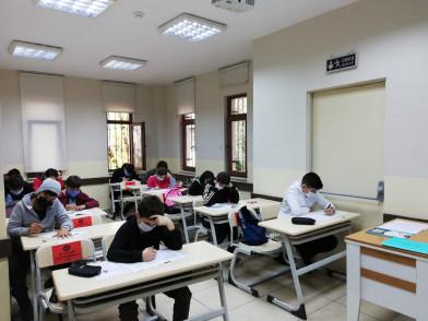 Eyüpsultan'da Yüz Yüze Deneme Sınavlarının 2.'si Yapıldı