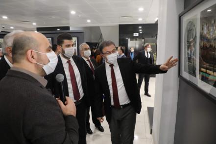 """""""Günümüz Fotoğraflarıyla Gravürlerde Eyüpsultan"""" sergisi açıldı"""
