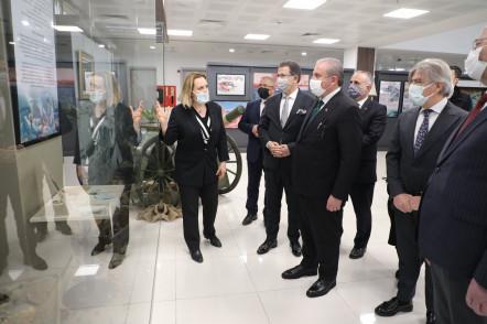 TBMM Başkanı Mustafa Şentop, Çanakkale Zaferi sergisini gezdi
