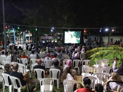Akşemsettin'de açık havada sinema