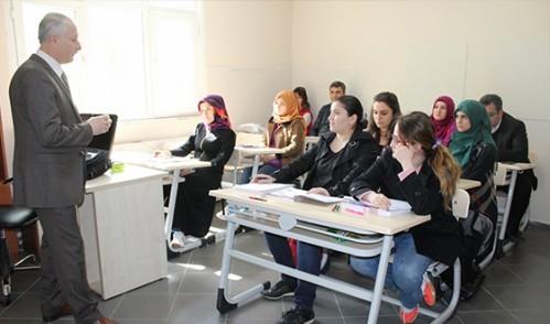Ücretsiz KPSS Kursu'nda Dersler Başladı