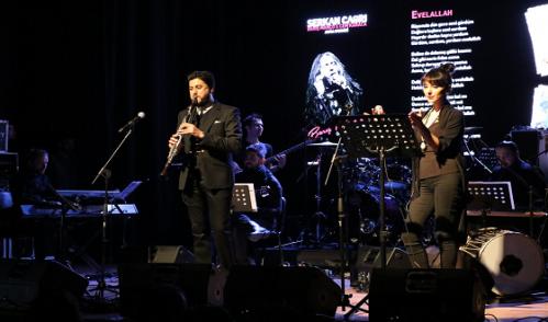 Serkan Çağrı'dan Eyüp'te Muhteşem Konser…