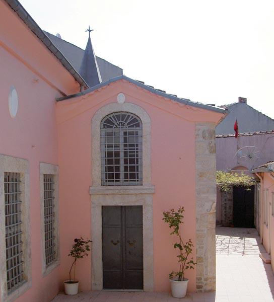 Asdvadzadzin Ermeni Kilisesi