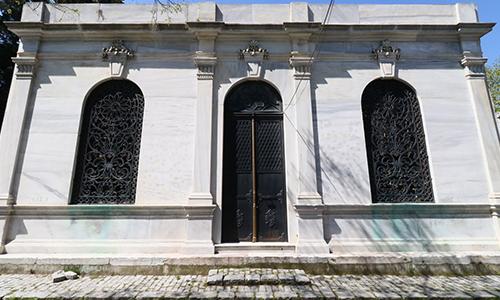 Hasan Hüsnü Paşa Türbesi
