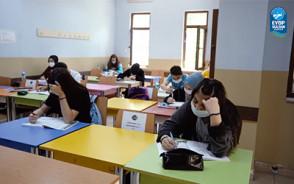 Bilgi Evleri ve Gençlik Merkezleri'nde Yüz Yüze Eğitimler Başladı
