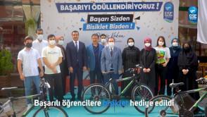 Başarılı öğrencilere bisiklet hediye edildi